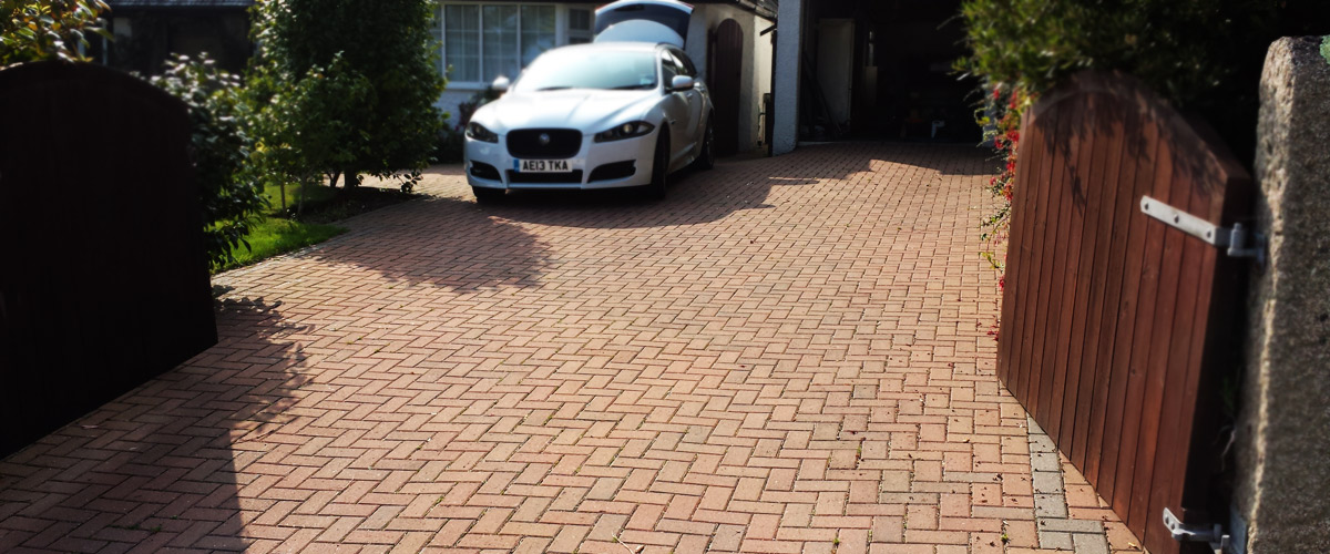 builder-in-falmouth-paving